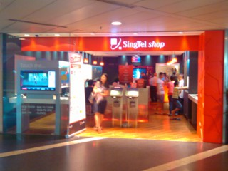 Clifford Center SingTel Shop